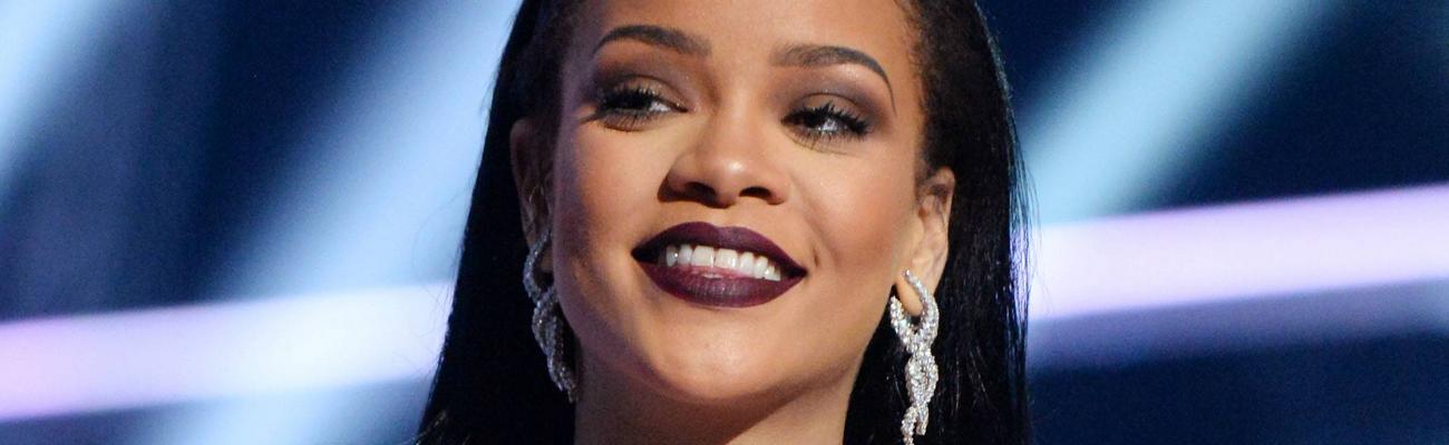 Rihanna rocks MTV Video Music Awards