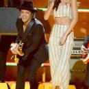 Rihanna at 2013 Grammy Awards Performance Reggae