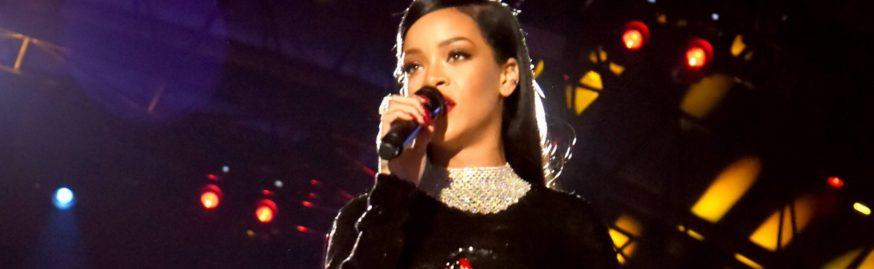 PHOTOS: Rihanna performs at The Concert for Valor November 11, 2014 rihanna-fenty.com