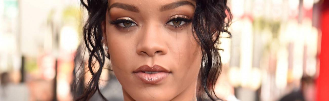 Rihanna to perform at the 2016 Billboard Music Awards