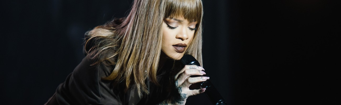 Rihanna performs at Sziget Festival