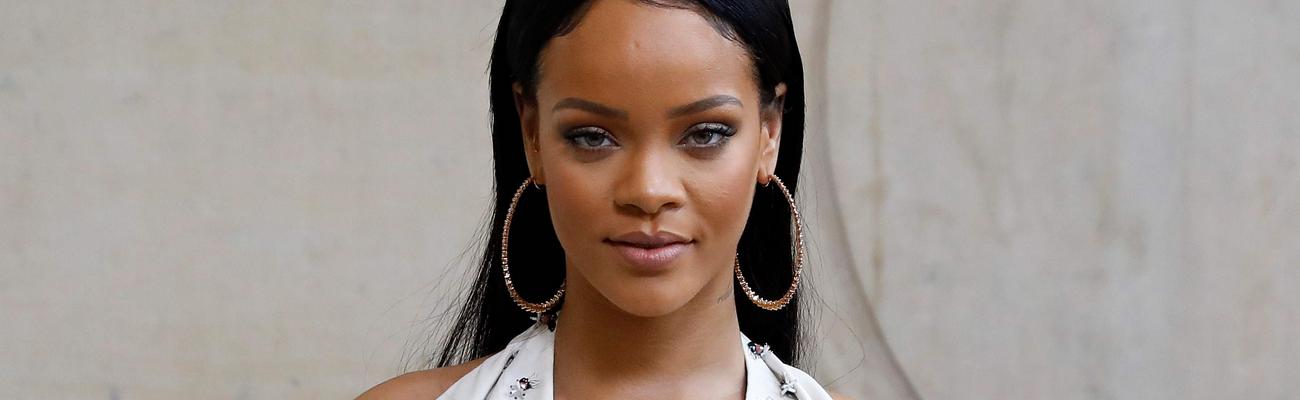 Rihanna attends Dior fashion show
