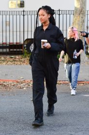 Rihanna films Ocean's Eight in New York on November 8, 2016 one piece