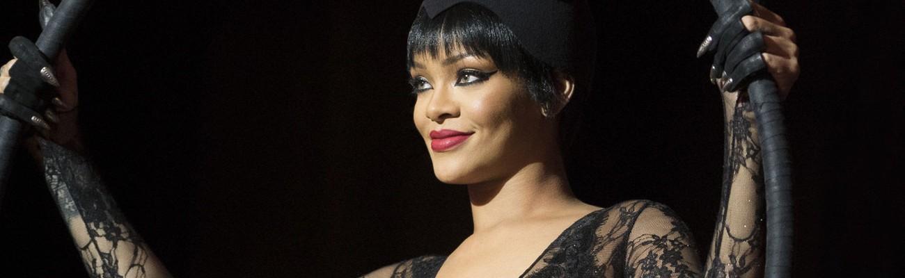 The Story Behind Rihanna's Shape-Shifting Alien in Valerian