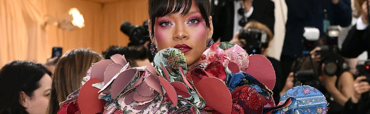 Rihanna to host 2018 Met Gala