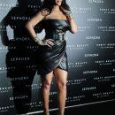 Rihanna attends Fenty Beauty launch in Milan on April 5, 2018 black dress