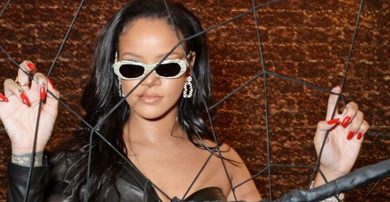 Rihanna visits Savage x Fenty pop up shop in London on June 15, 2018