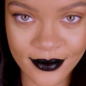 Tutorial Tuesdays: Halloween look by Rihanna