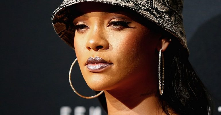 "The-Dream talks new Rihanna album: ""She's close"""