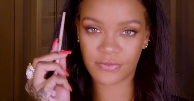 New Tutorial Tuesday video with Rihanna: everyday look