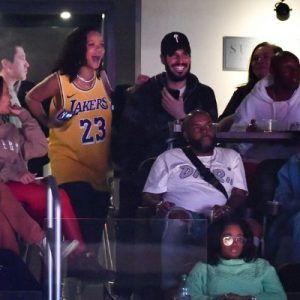 Rihanna attends Lakers game on February 21, 2019