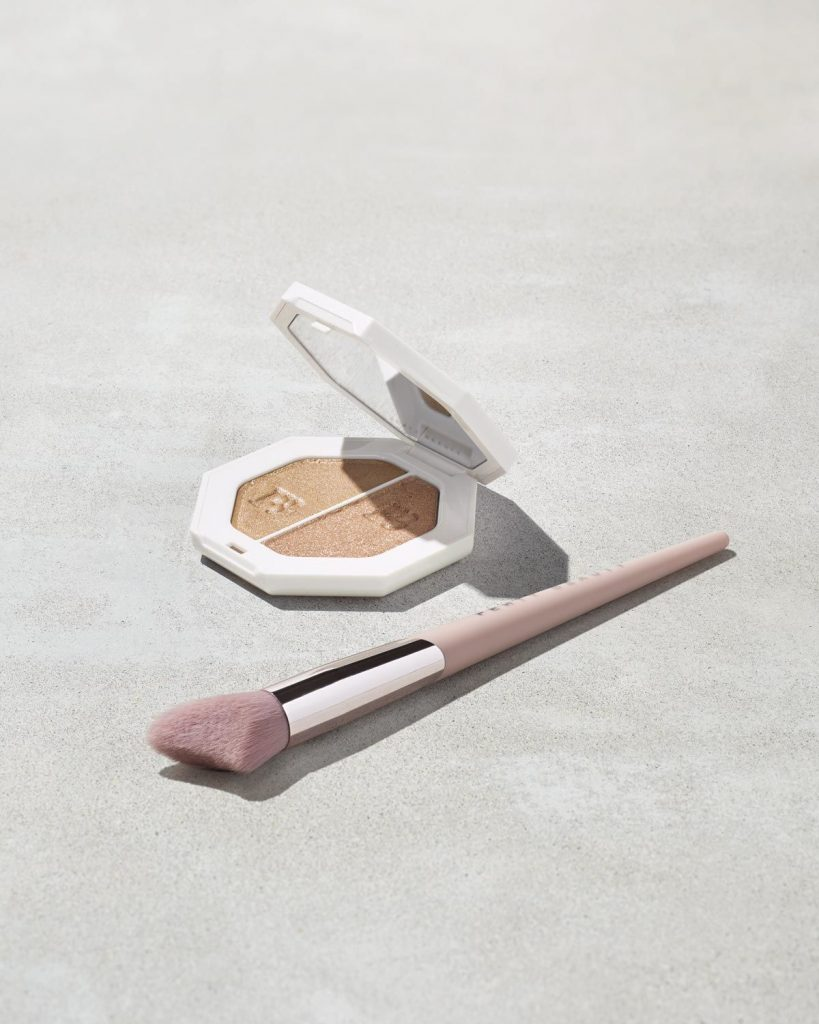 Fenty Beauty Killawatt Freestyle Highlighter Mo' Hunny / Afternoon Snack with brush