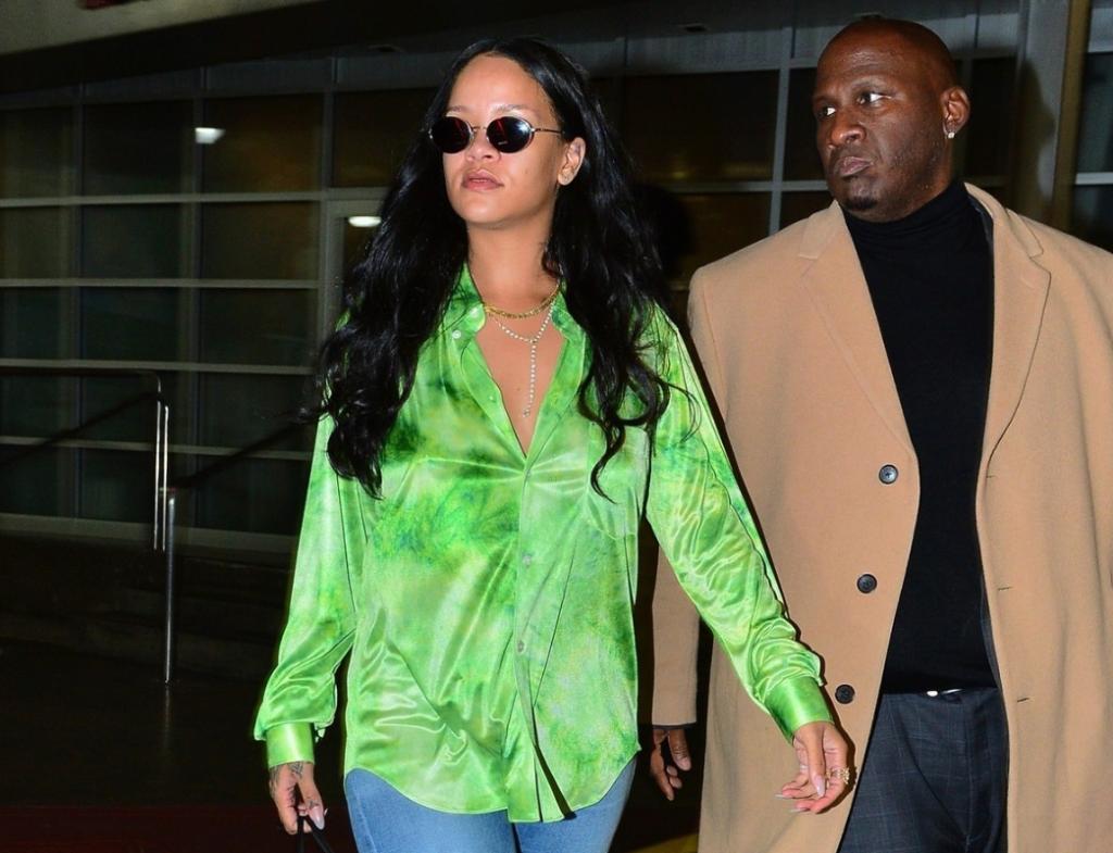Rihanna leaving photoshoot April 14, 2019