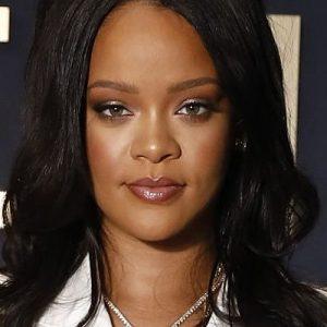 Rihanna debuts FENTY line in Paris