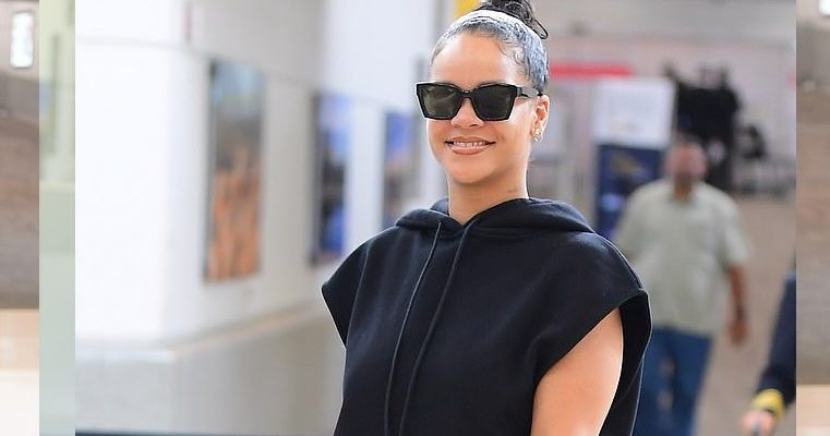 Rihanna lands in NYC ahead of Savage x Fenty fashion show