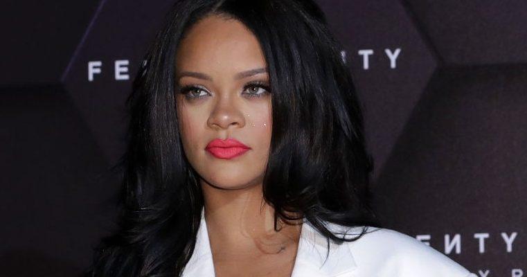 Rihanna at Fenty Beauty Artistry & Beauty Talk in Seoul