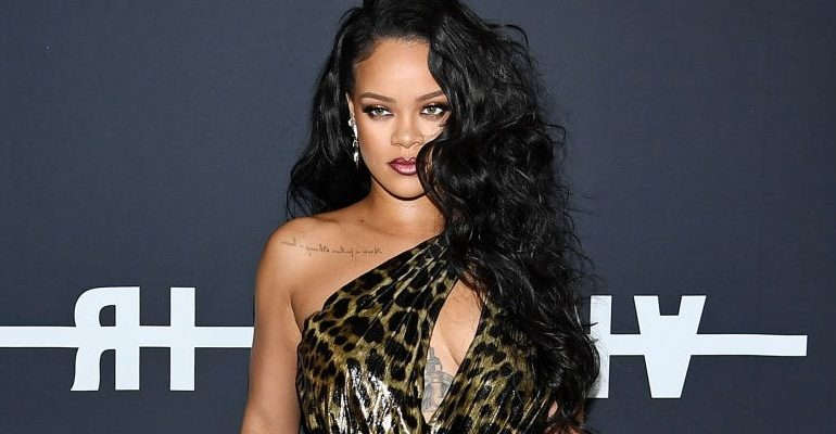 Rihanna celebrates the launch of her book with fans
