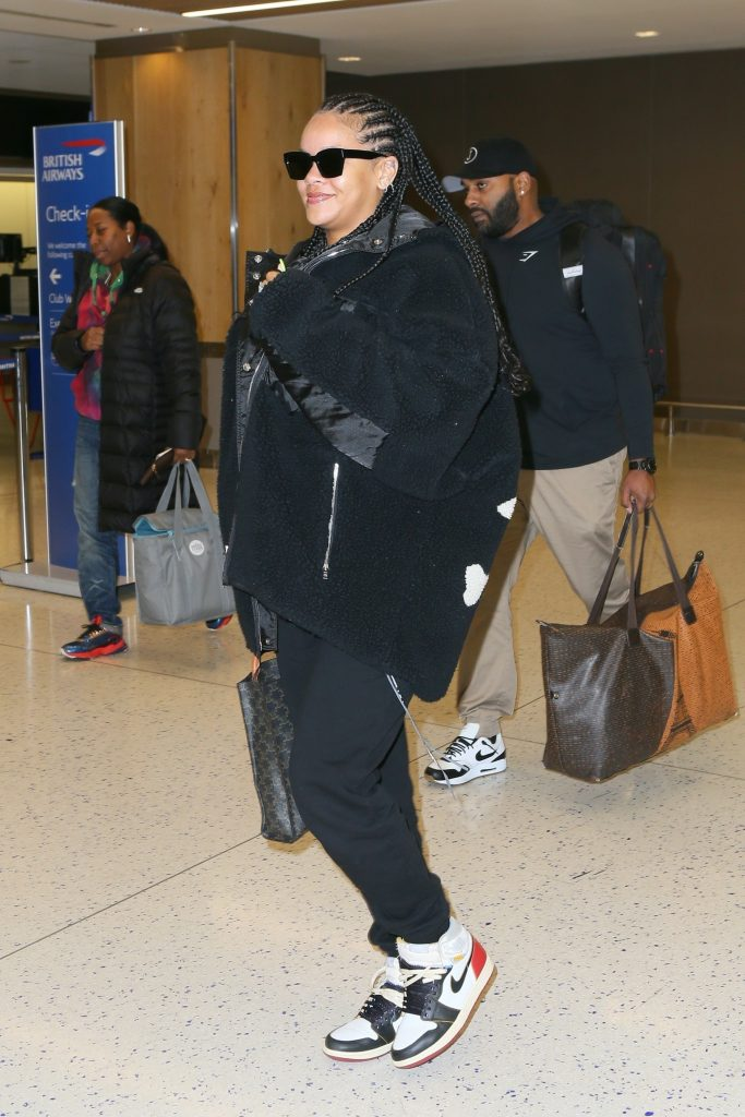 Rihanna at JFK in New York on January 5, 2020