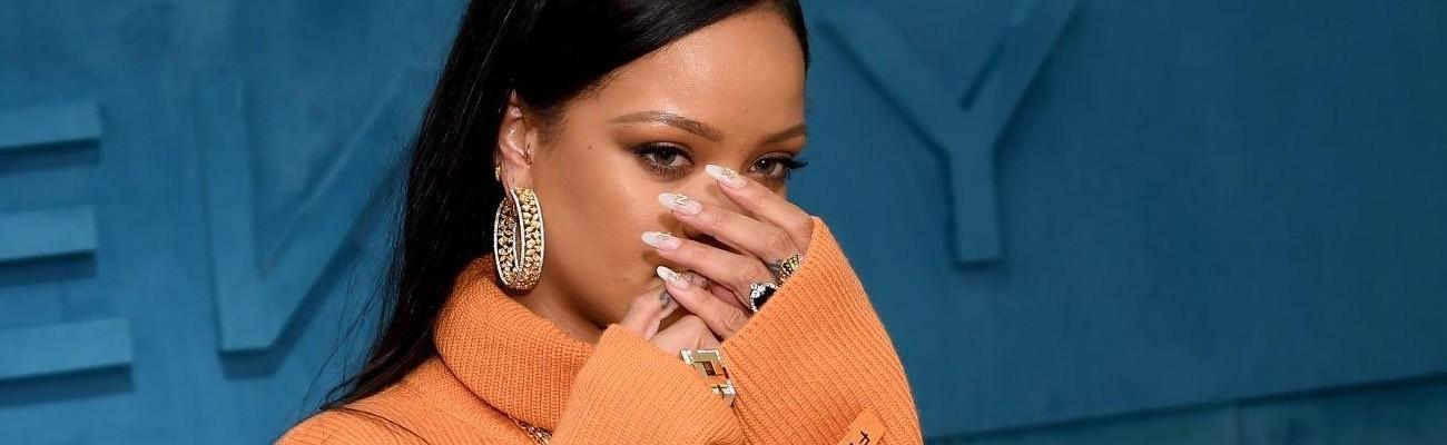 Rihanna promotes FENTY in New York